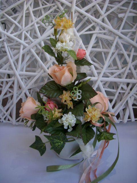 TISCHGESTECK-TISCHDEKO-Blumendeko-Rose-apricot-creme-grun-HOCHZEIT