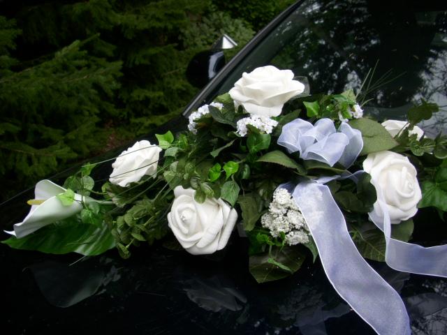 Blumengesteck Tischdekoration Autoschmuck Calla Rosen Grun Weiss