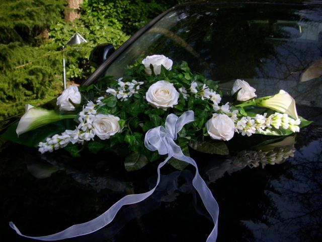 Details zu Autoschmuck Tischgesteck CALLA ROSEN grün weiss HOCHZEIT