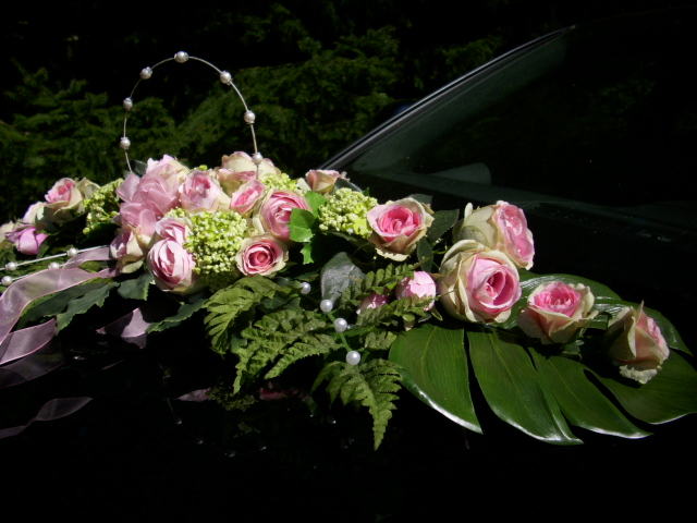 AUTOGESTECK Tischdeko Autoschmuck Hortensien BAUERNROSE rosa grün ...