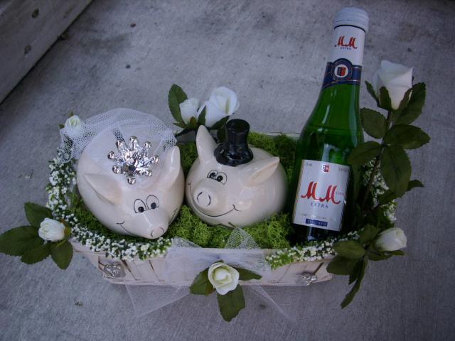 Geschenkkorb Präsentkorb Rose creme SEKT Sparschwein HOCHZEIT  eBay